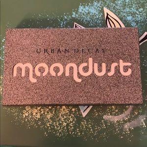 Urban decay moondust